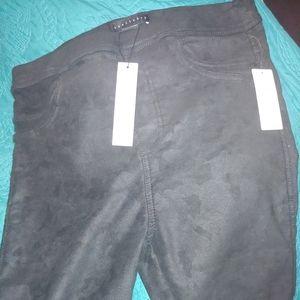 Gorgeous Black stretch leggings size Large